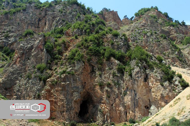 غار آویشو غاری با قدمت 75 میلیون سال در استان گیلان